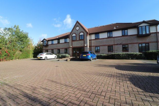 2 bed flat to rent in The Ray, Chelmsford CM1