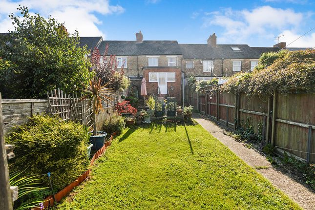 Thumbnail Terraced house for sale in Greenfield Road, Folkestone