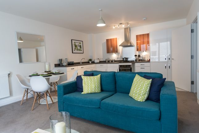 Thumbnail Flat for sale in Tanners Hill, New Cross, London