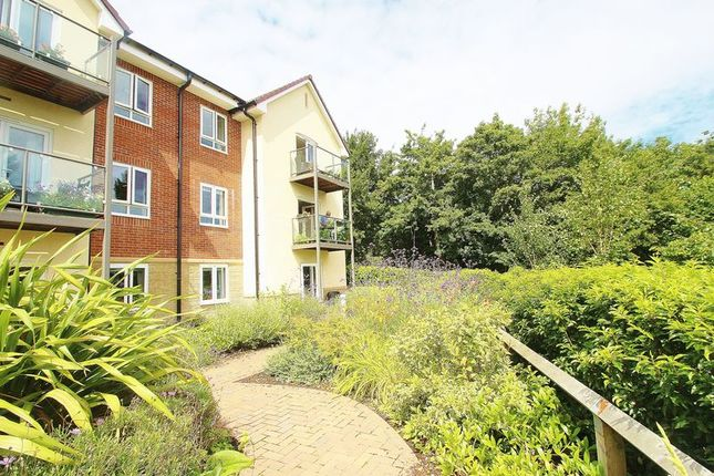 Thumbnail Flat for sale in Slade Road, Portishead, Bristol