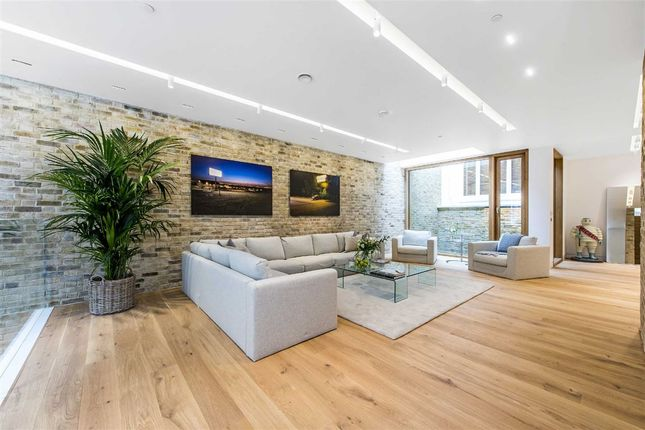 Thumbnail Property to rent in Bingham Place, London