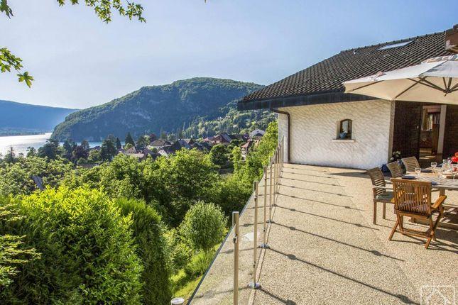 Thumbnail Chalet for sale in Rhône-Alpes, Haute-Savoie, Talloires