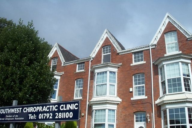 3 bed flat to rent in Sketty Road, Uplands, Swansea.