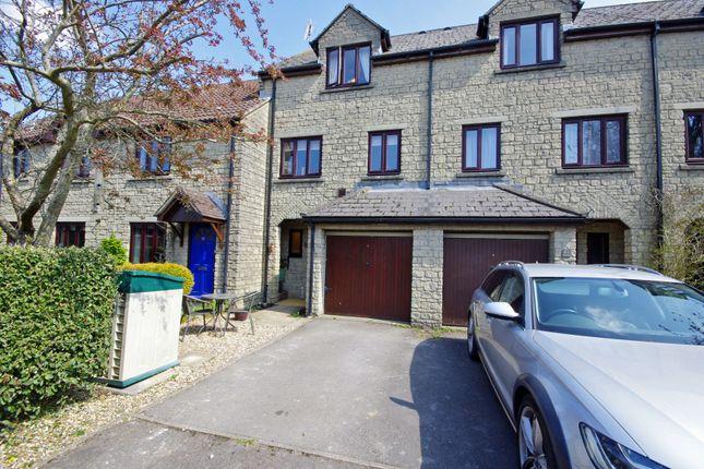 Thumbnail Terraced house for sale in Hayfield, Marshfield, Chippenham