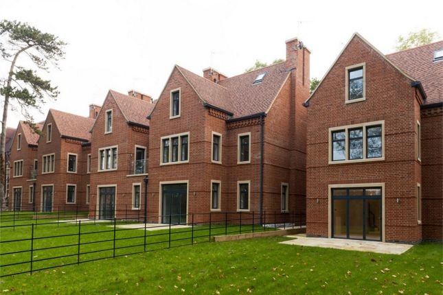 Thumbnail Semi-detached house for sale in Priory Park, Priory Field Drive, Egware HA8,