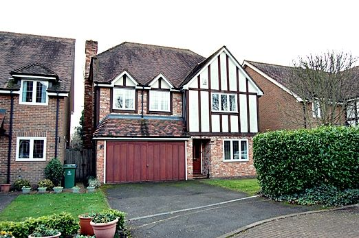 Thumbnail Detached House To Rent In Somerford Place Beaconsfield