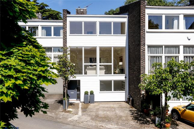 Thumbnail Terraced house for sale in Cedar Court, Somerset Road, London
