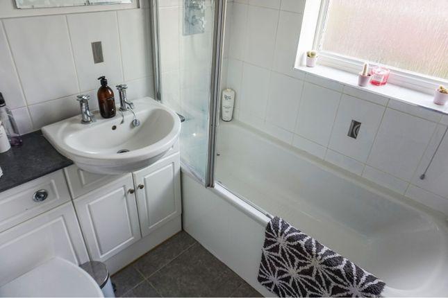 Bathroom of Kenrick Road, Mapperley NG3
