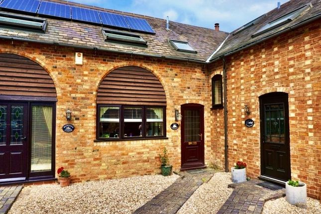 3 bed barn conversion to rent in Barn Lane, Sedgeberrow WR11