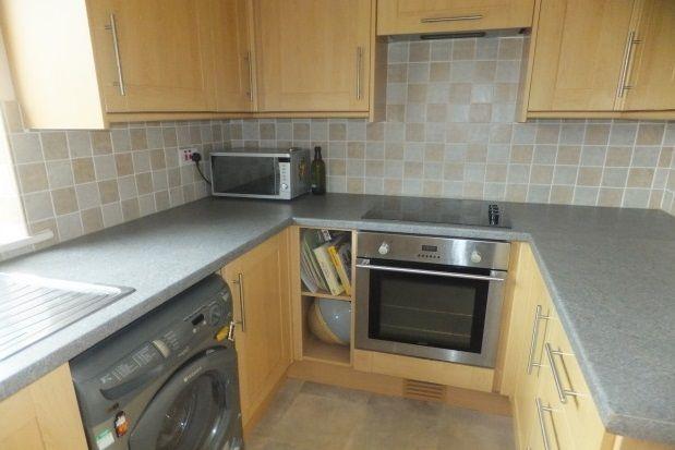 2 bed flat to rent in Denham Court, Erdington