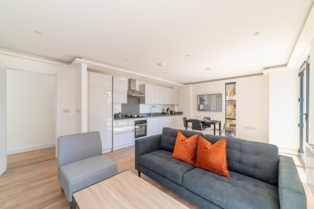 Lounge Area of Lurke Street, Bedford MK40