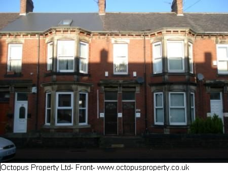 2 bed flat to rent in Simonside Terrace, Newcastle Upon Tyne