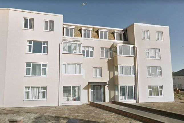 Thumbnail Flat to rent in Crescent Court, Blackpool