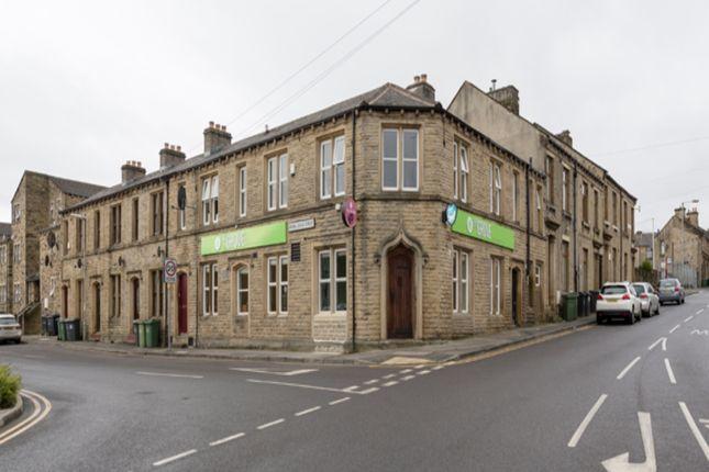 Thumbnail Pub/bar for sale in Spring Grove Street, Huddersfield