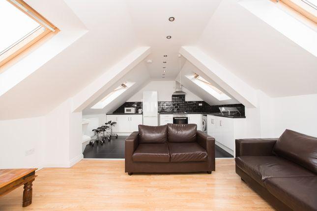 Thumbnail Flat to rent in Fenham Road, Fenham, Newcastle Upon Tyne