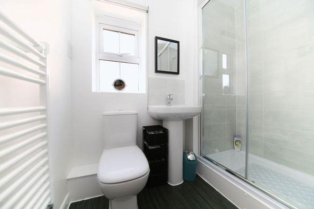 En Suite of Crossley Avenue, Highfield, Wigan WN3