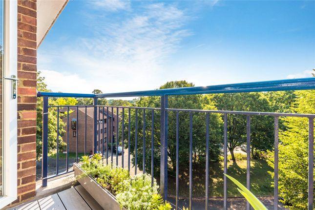 Balcony of Edensor Gardens, London W4