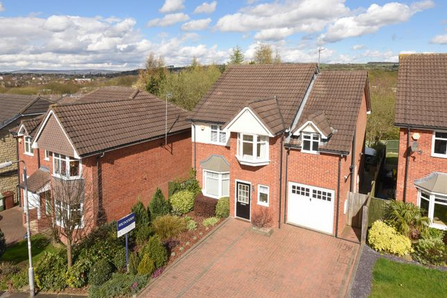 Thumbnail Detached house for sale in Crofters Lea, Yeadon, Leeds