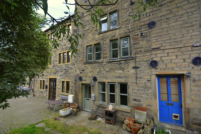 Thumbnail Cottage for sale in Huddersfield Road, Holmfirth