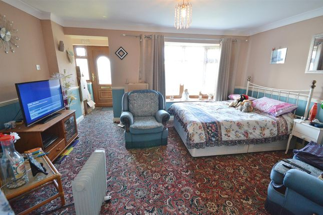Lounge of Colne Way, Point Clear Bay, Clacton-On-Sea CO16