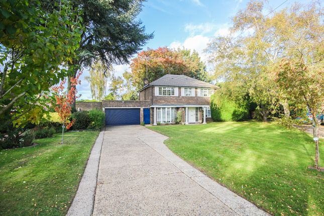 4 bed detached house for sale in Grassmount, Purley CR8