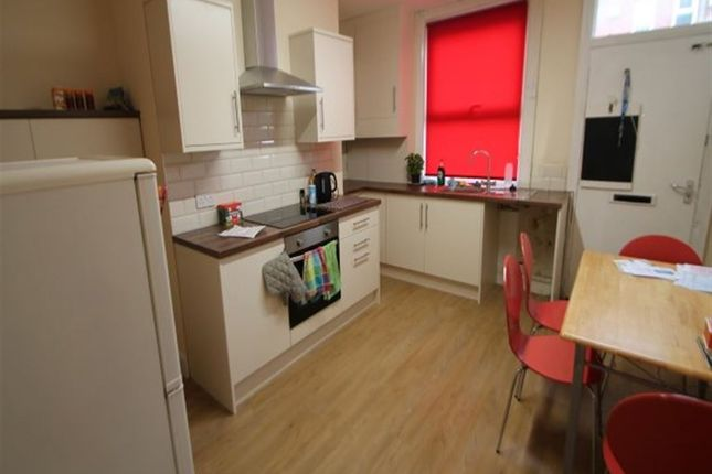 Thumbnail Terraced house to rent in Hessle Mount, Hyde Park, Leeds