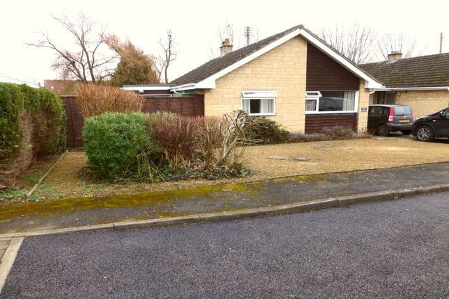 Thumbnail Bungalow for sale in Arrow End, North Littleton, Evesham