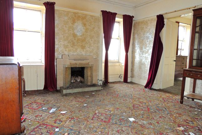 Lounge of Bridge Street, Montrose DD10