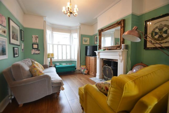 Thumbnail Terraced house to rent in Alexandria Road, Ealing