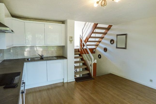 Thumbnail Property for sale in Damon Close, Sidcup