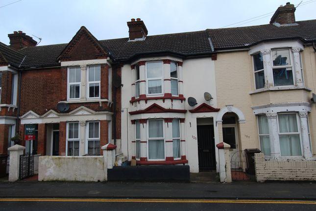 Rainham Road, Gillingham, Kent ME7