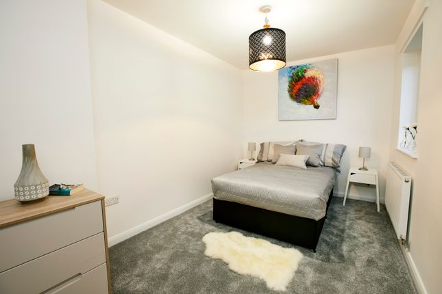 Thumbnail Flat to rent in Kirk Beston Close, Leeds