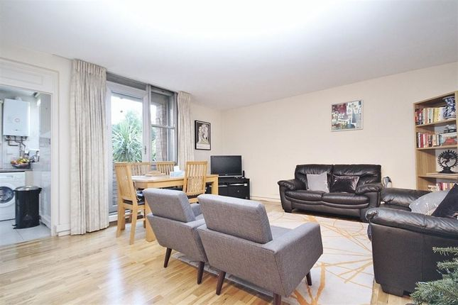 2 bed flat to rent in Matlock Court, Abbey Road, St Johns Wood