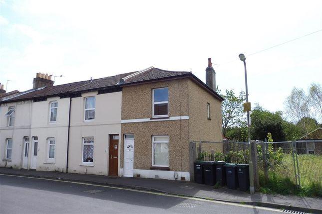 Thumbnail Property to rent in Leesland Road, Gosport