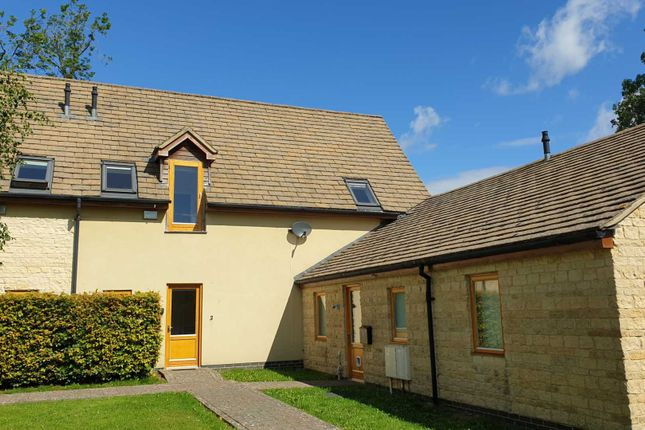Thumbnail Property to rent in Oaksey, Wiltshire