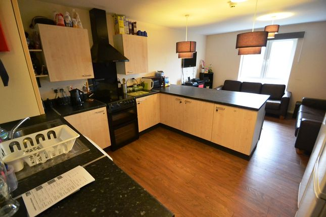 Thumbnail Flat to rent in Gwyneth House, Cathays, Cardiff