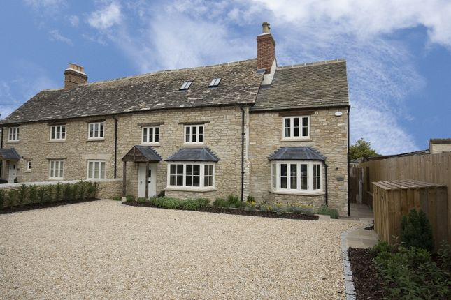 Thumbnail Semi-detached house to rent in Main Road, Long Hanborough, Witney