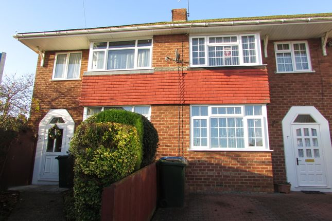 Thumbnail Semi-detached house to rent in Orchard Close, Banbury, Oxfordshire