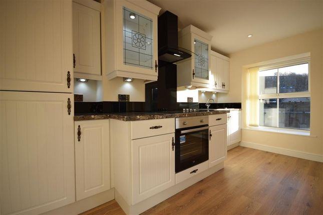 Thumbnail Flat to rent in Bridge Street, Todmorden