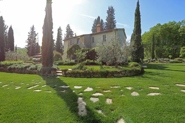 Villa for sale in Cetona, Siena, Tuscany, Italy
