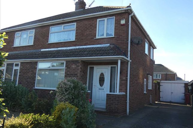 Thumbnail Semi-detached house to rent in Staindale Road, Scunthorpe