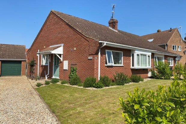 2 bed property to rent in Kings Croft, King's Lynn PE31