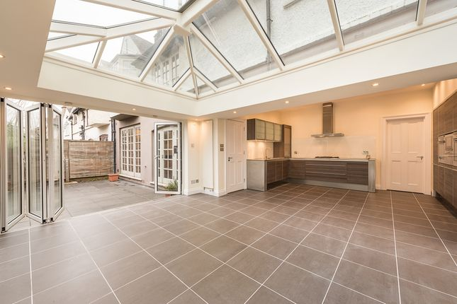 Thumbnail Semi-detached house to rent in North End Road, Golders Green, London