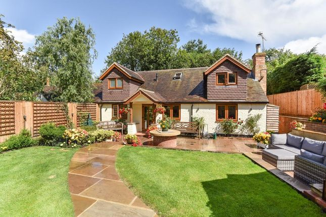 Thumbnail Cottage for sale in Chobham, Surrey