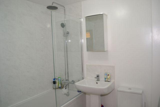 Bathroom of Homestead Way, Kingsley, Northampton NN2