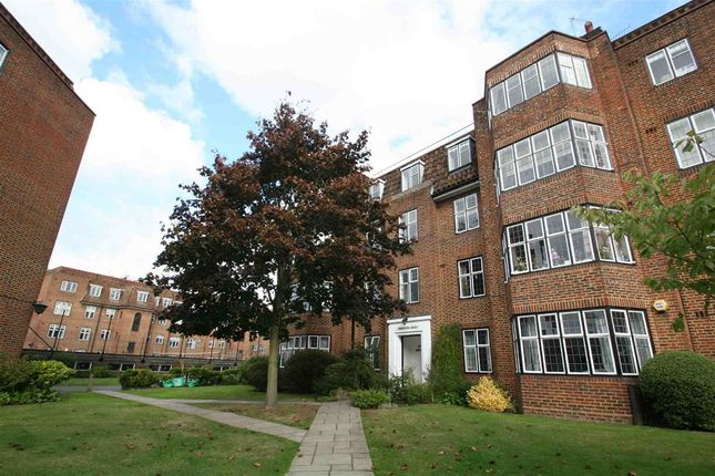 Thumbnail Flat for sale in Portsmouth Road, London
