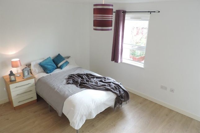 Thumbnail Room to rent in Rm 4, Marsham, Orton Goldhay, Peterborough