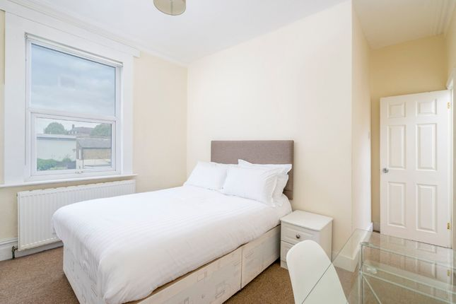Thumbnail Room to rent in Alloa Road, London