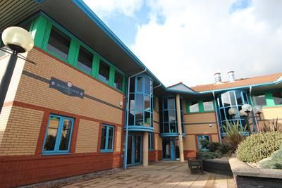 Thumbnail Office to let in Dudley Court North, Level Street, Brierley Hill, West Midlands