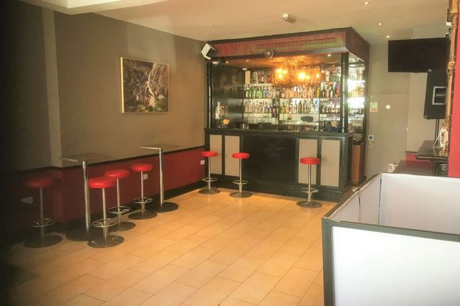 Restaurant/cafe for sale in South Street, Dorking, Surrey